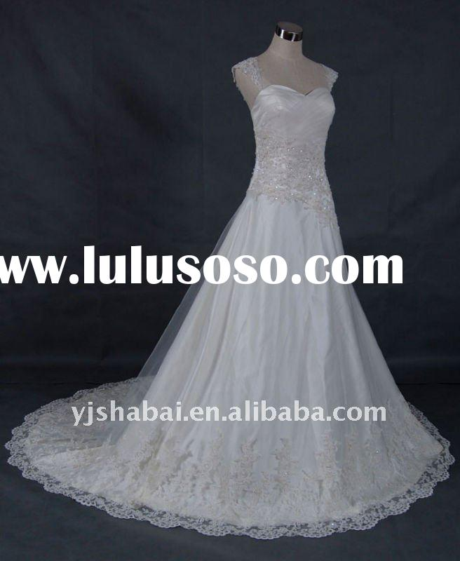 Exquisite A-line Chapel Train Lace Wedding Gown YS-0167