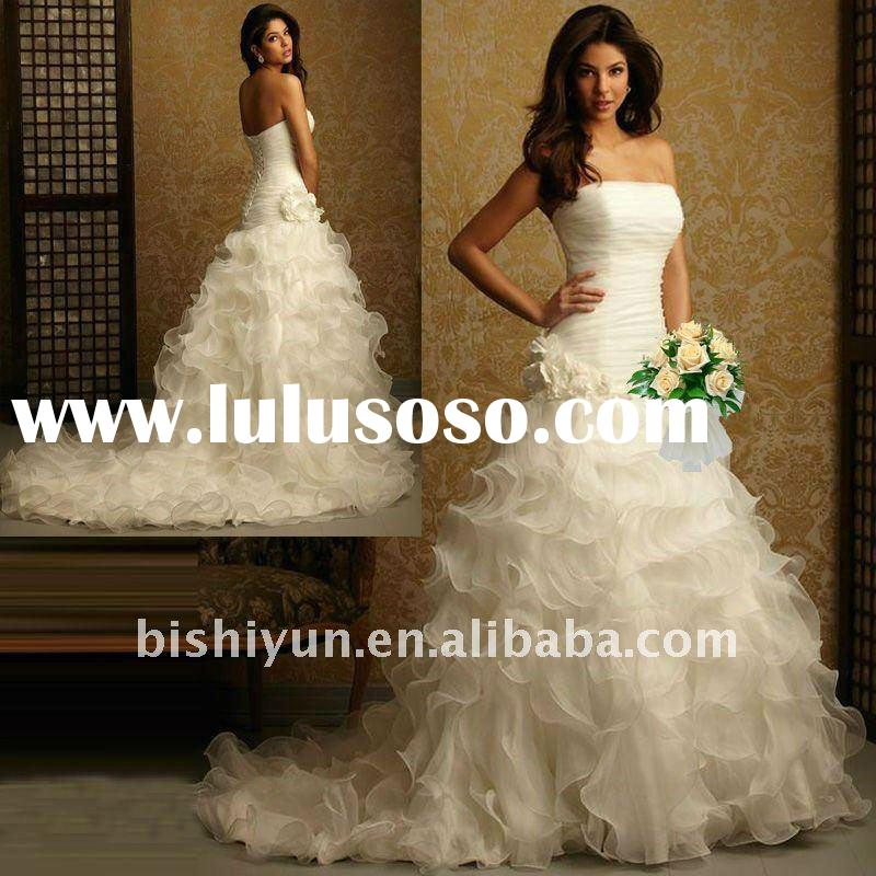 MOST beautiful Strapless Organza wedding dress