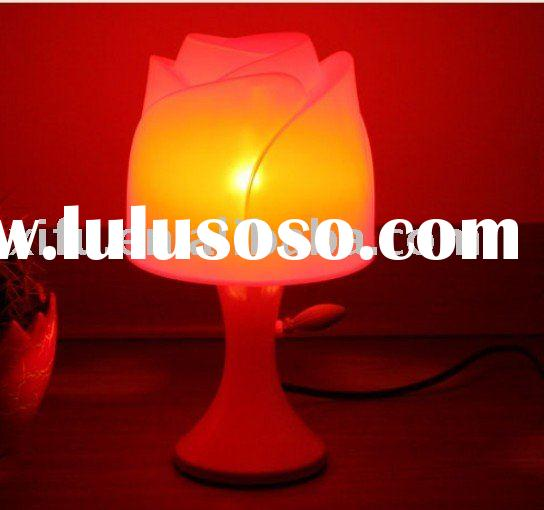 Romantic rose design heart-shaped projection modern table lamps