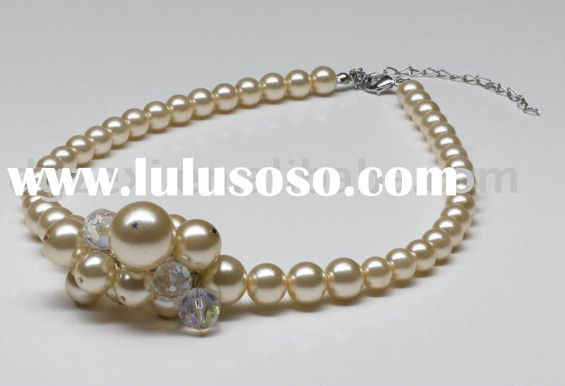 beaded jewelry 2011 new design fashion necklace