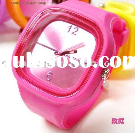 wholesale!!!2011 the latest style jelly silicone watches for girls