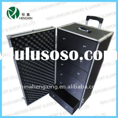 Aluminum trolley makeup case
