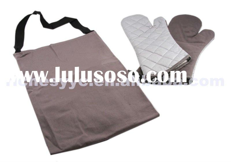 BBQ Kitchen Apron and Gloves