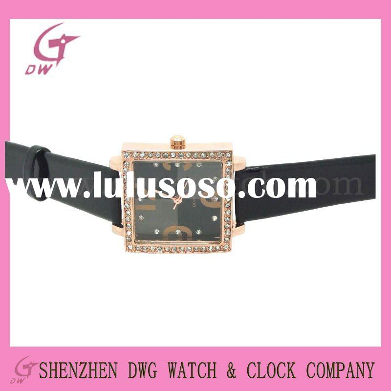 Leather band square lady watch with alloy case and IPG plating