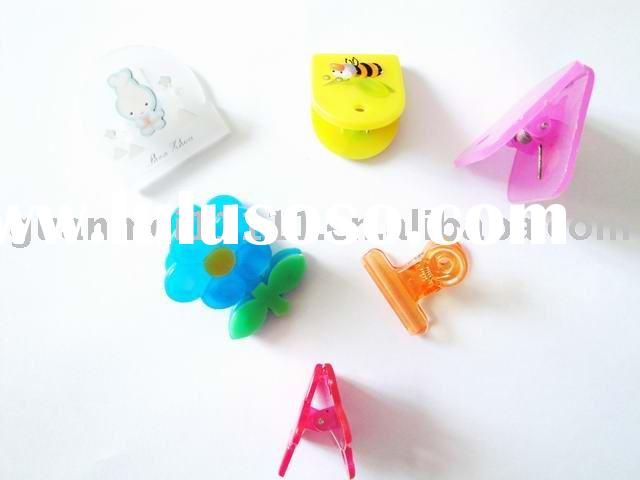 colorful lovely plastic clips