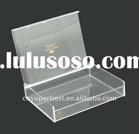 custom acrylic box with hinged cover