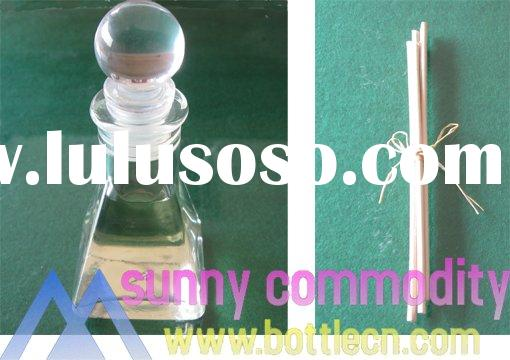 sc080102 1.8 fl.oz/50ml reed oil diffuser with decorative pyramidal bottle