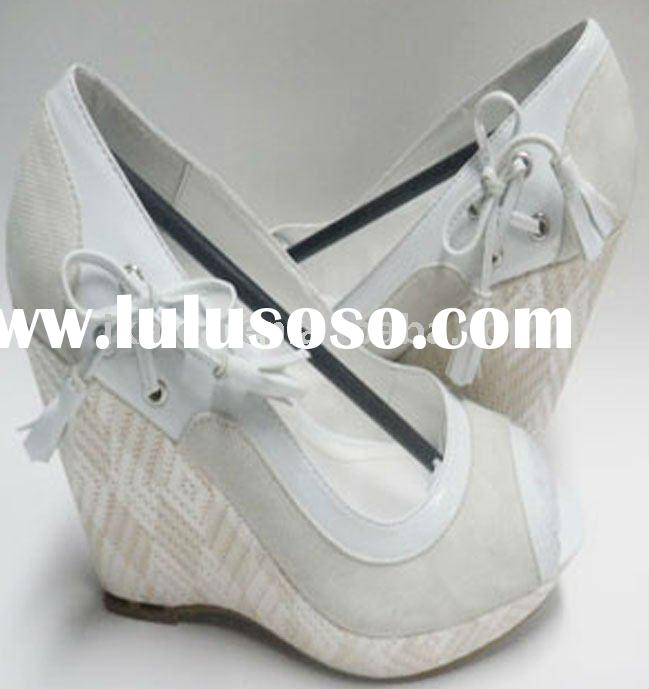 2011 Platform Wedge Sandals with Bow Tie