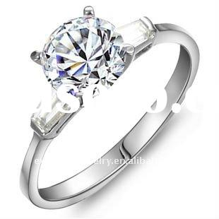 2012 Hot sale emerald cut diamond ring R0019