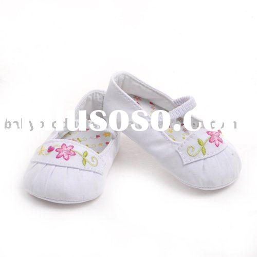 Cotton Mary Jane Infant Shoes with Embroidery Model:RE1011