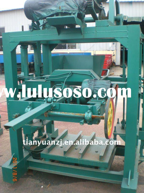 High Quality Concrete Hollow Block Making Machine QTJ4-26C