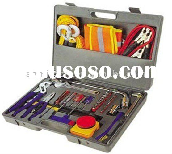 Winter Emergency Kit for Your Vehicle