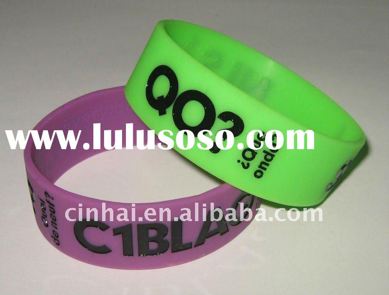 custom-made debossed and Color Filled Silica Wristband business promotional gift