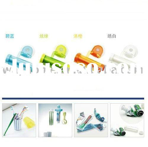 kid's children Toothpaste Tube Squeezer Roller with Suction Hanger accessories