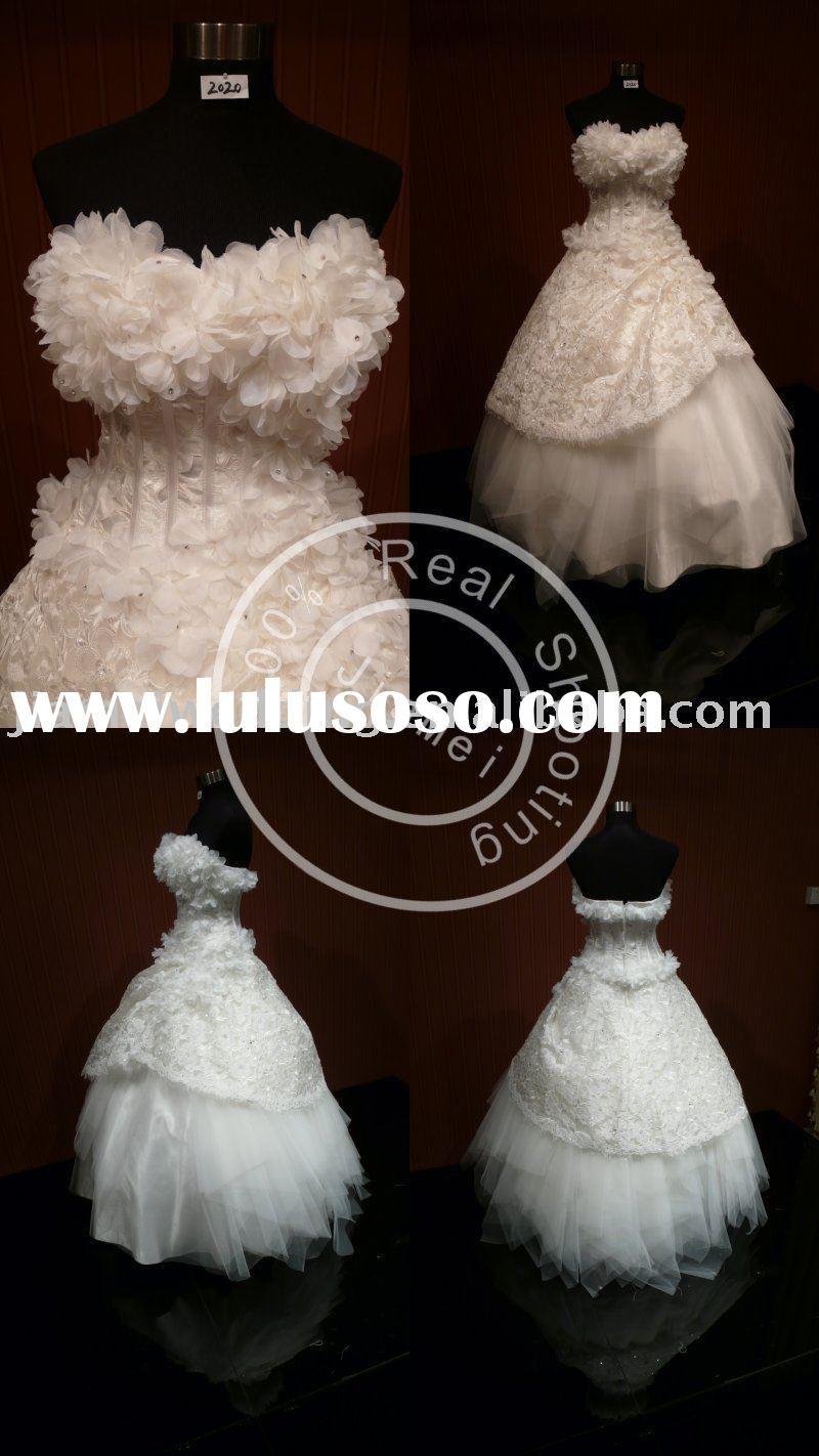 queen anne's lace Wedding dress beads lace appliqued mesh bridal gown