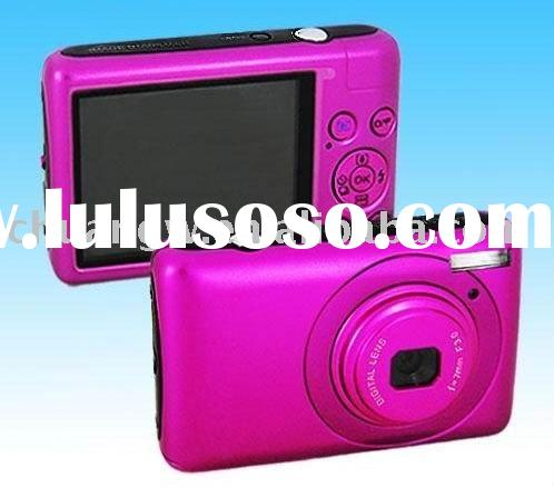 """14.1 MP 2.7""""color TFT LCD Digital camera with 8X digital zoom"""