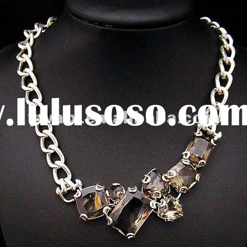 2012 New Arrival Crystal Pendant Necklace Custom Jewelry