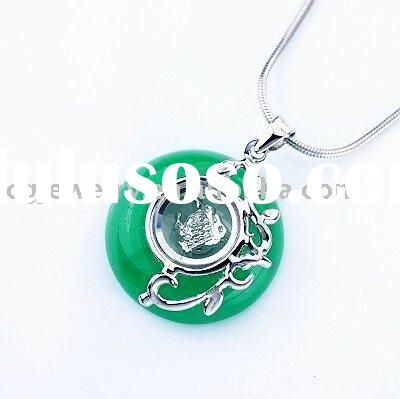 925 Sterling Silver Round Green Jade Jewelry Animal Sign Horse Pendant