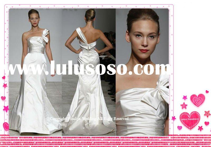 Fashion 2012 One-shoulder Wedding Gown with Bow