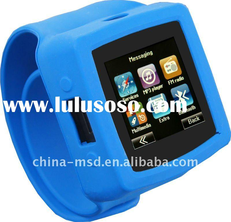 High quality MQ666 GSM quad band unlocked hand phone watch