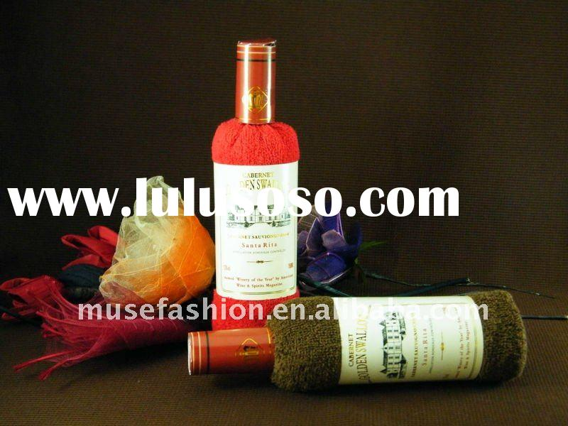 Hot sale wine bottle gift cake towel for wedding promotion gift towel items promotional gift adverti