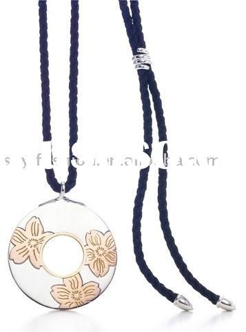 Mix & Match: 925 Sterling Silver Plum Blossom Circle Pendant Necklace With Black Rope NA183