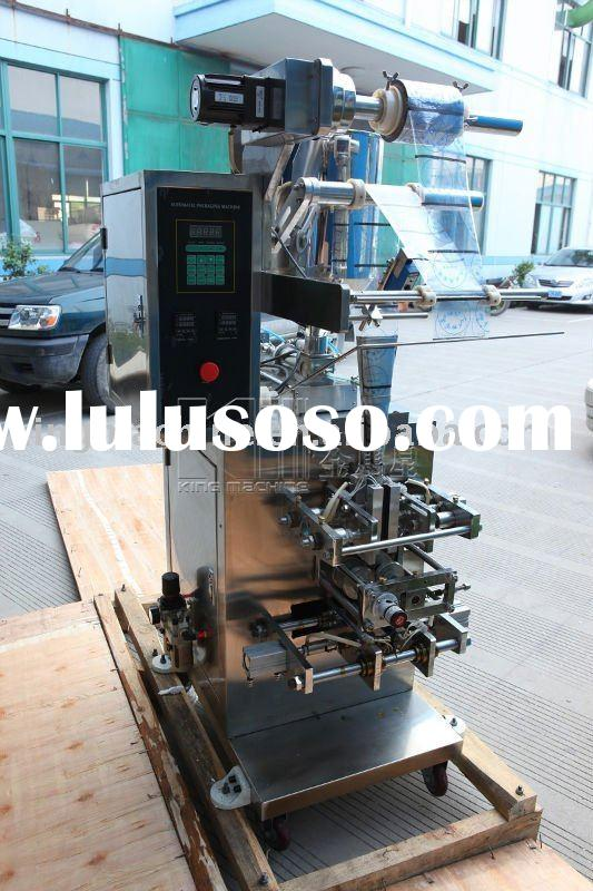 Plastic bag water filling and sealing machine