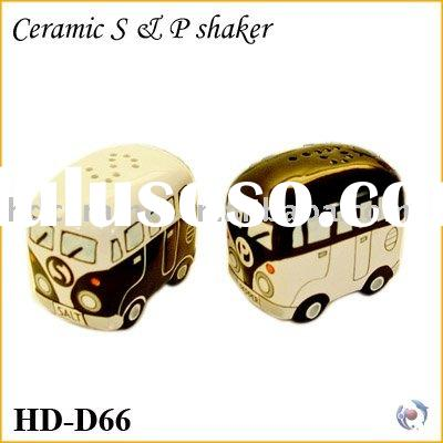 Salt Pepper Shaker W/ black Car & Bus Shape
