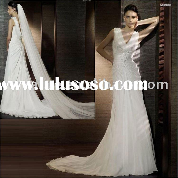 VD500 Charming V-neck Chiffon Ruffle Wedding Dress with High Quality