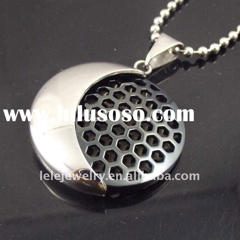 fashion stainless steel carbon fabric round pendant jewelry