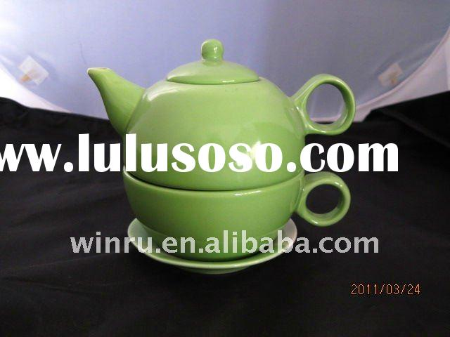 teapot and cup saucer set