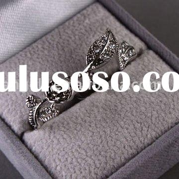 2011 fashion jewelry copper alloy crystal black couple rings