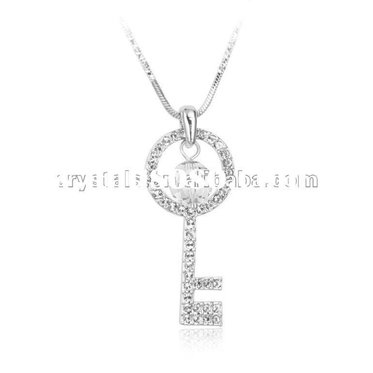 2012 fashion swarovski element pendant Crystal Necklace, key shape necklace