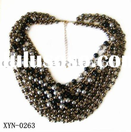 Fashion Chunky Necklace Jewelry with Cluster Beads