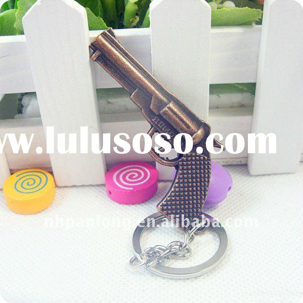 Fashion pistol keychain metal gun key chain ring brass carabiner keyring
