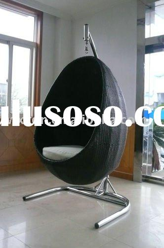 Rattan hanging egg chair