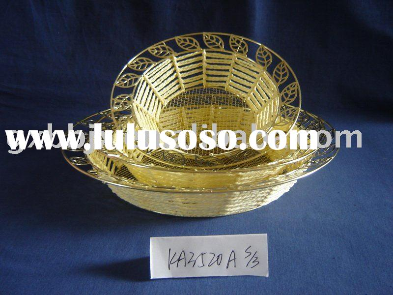Yellow paper rope and iron frame round dried fruit display plate