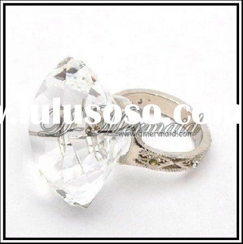 wholesale high end crystal glass wedding napkin ring