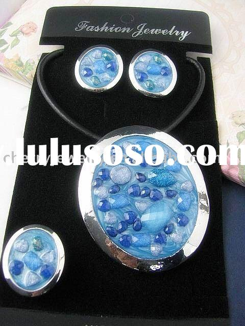 2011 newest fashion alloy Acrylic necklace earrings ring jewelry set NA048