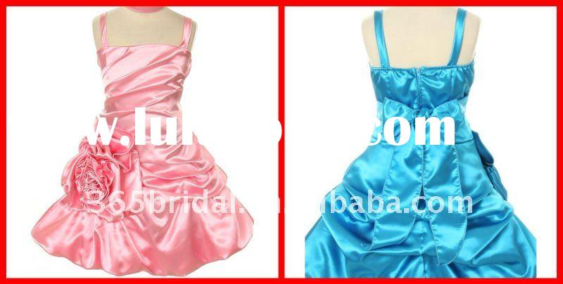 2012 A Line Off-the-shoulder Satin Flower Girl Dresses with Flower for Weddings