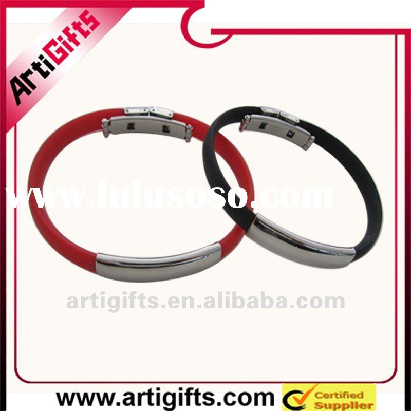 2012 Fashion various engraved silicone and stainless steel bracelet