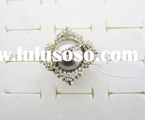 Fashion cheap pearl rings with diamonds