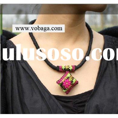 fashion handmade jewelry fabric necklace with pendant