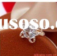 The Stylish Five-pointed Star Diamond Ring