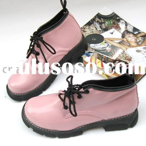 Dr. Martin boot/ ladies boots/ fashion boots/ leather boots/ plain boots/ sports boots/ casual shoes