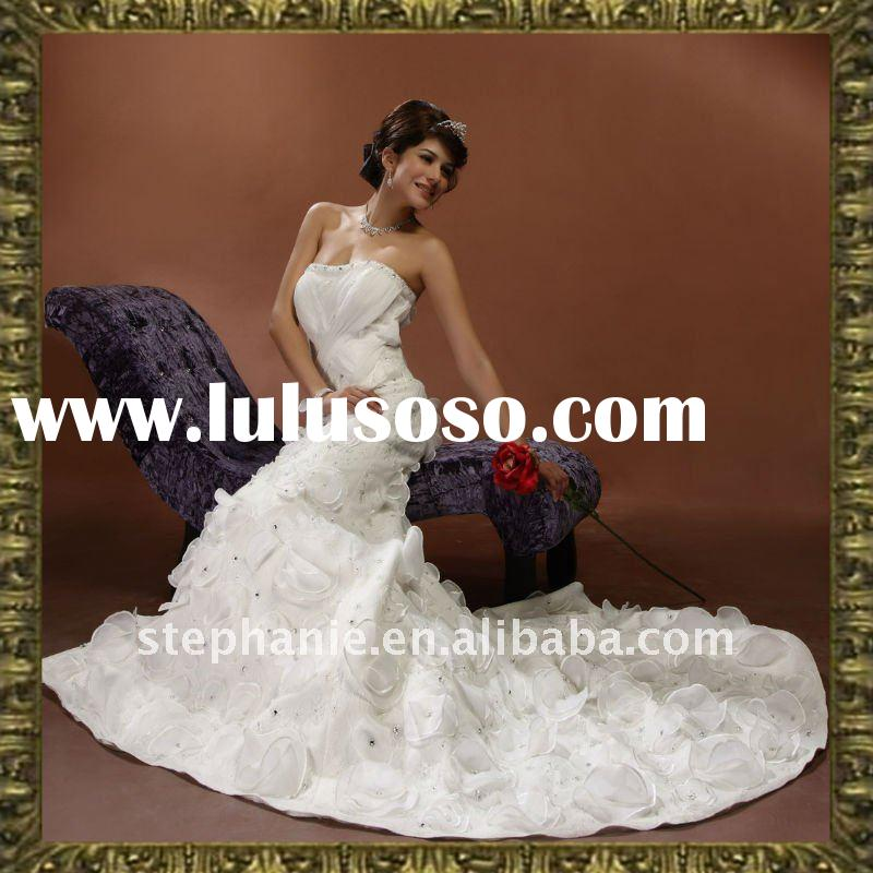 Guangzhou Hot Sale Elegant Beaded Chiffon Swarovski Wedding Dress (Y3055)