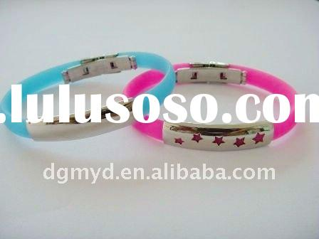 Promotion beautiful silicone wristband silicone bracelet with metal clasp