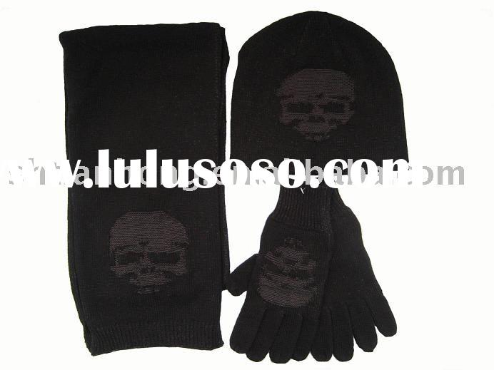 Winter beanie scarf and glove with Jacquard skull