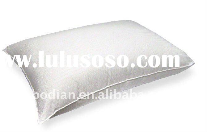white cotton fabric hotel pillow
