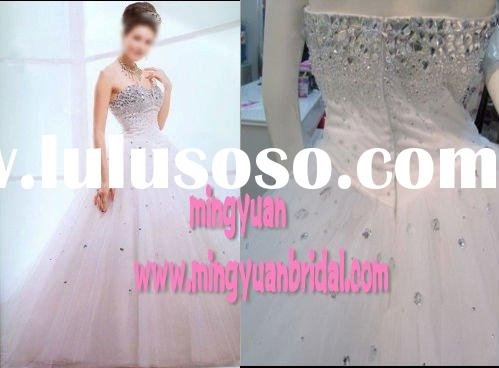 2011 Sweetheart Swarovski Crystal Classical Ball Gown Salable White Tulle Wedding Gown ab90
